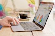 Apple Macbook 2016 mỏng nhẹ độc đáo