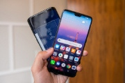 Nên chọn Huawei P20 Pro hay Samsung Galaxy S9+?