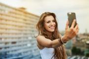 """3 smartphone giúp bạn thỏa sức """"tự sướng""""  ở mức giá 3 triệu đồng?"""