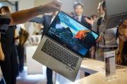 4 gợi ý laptop 2 in 1 đáng khen ngợi nhất hiện nay