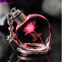 Móc khóa quà tặng valentine tình yêu tinh thể mika