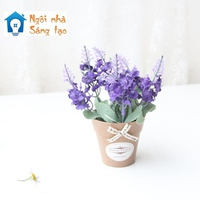 Chậu hoa lavender
