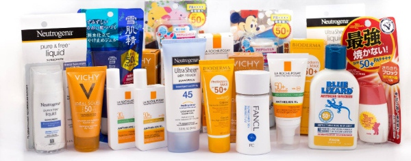 10 sản phẩm làm đẹp dễ dàng tìm thấy trong túi của các quý cô