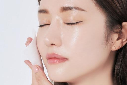 Kem dưỡng ẩm là gì? Top 11 kem dưỡng ẩm tốt nhất hiện nay