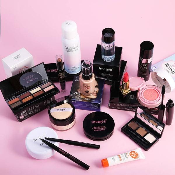 """10 bước make-up siêu đơn giản tại nhà dành cho nàng """"gà mờ"""""""