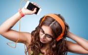 Tác hại khủng khiếp cho tai khi đeo tai nghe thường xuyên