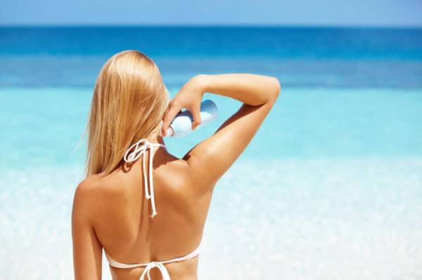 Top 12 sản phẩm xịt chống nắng được ưa chuộng nhất hiện nay