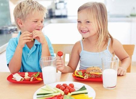 Top 10 sữa tăng cân cho bé có hiệu quả tốt nhất hiện nay