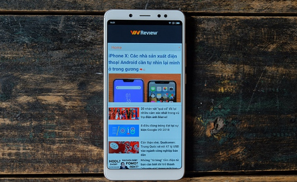 Xiaomi Redmi Note 5: hiệu năng tốt, pin khủng, camera được cải thiện.